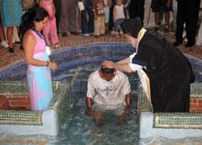 orthodox_baptising_guatemal