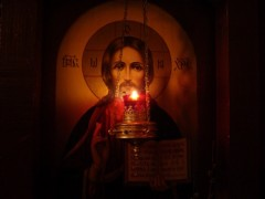 christ-icon-with-lampade