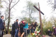 profanare-de-morminte-la-cimitirul-militar-din-chisinau-ambasada-romaniei-deplange-actele-de-vandalism-1382967102