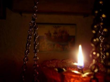 candela_aprinsa_0