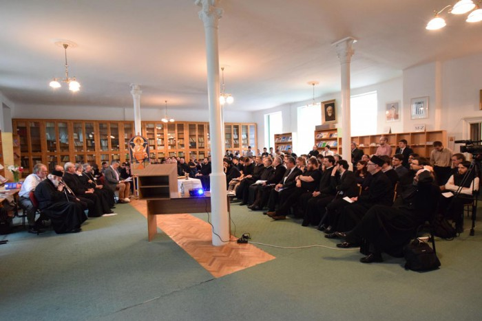 facultatea-de-teologie-ortodoxa-iasi