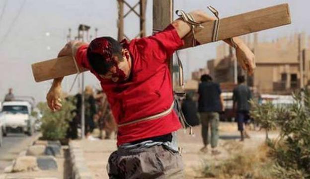 CREŞTIN-CRUCIFICAT-PREZENTAT-DE-PROPAGANDA-ISIS