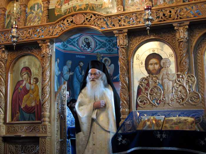 109-Parintele-Iustin-Parvu-Manastirea-Petru-Voda-02