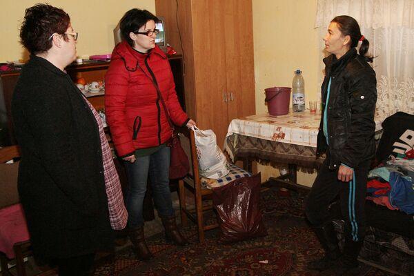 Membrii grupului, acasă la Luminița Mastan