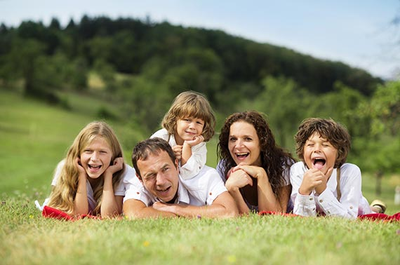 familie-fericita-parenting