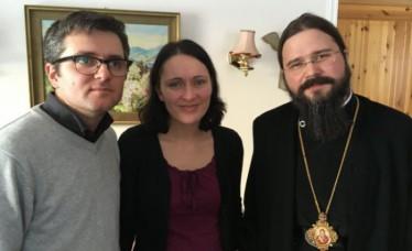 phoca_thumb_l_episcopul-macarie-dragoi-acasa-la-sotii-bodnariu