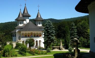 Manastirea_Sihastria_02