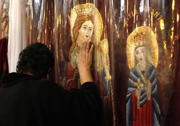 icoana-biserica-rugaciune-590x414_w700_h800_q90