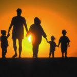 Votăm cel mai bun eseu publicat în cadrul Concursului național de eseuri: Familia Creștină – salvarea societății