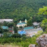 Candela credinței și a monahismului arde necontenit la Sfânta Mănăstire Saharna…