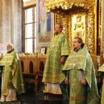 """Duminica a XVI-a după Cincizecime, la Catedrala Mitropolitană """"Nașterea Domnului"""" din Capitală"""