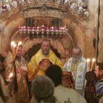Liturghie nocturnă în biserica Învierii Domnului din Ierusalim