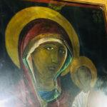 La Mănăstirea Ciuflea a început să izvorască mir o icoană a Maicii Domnului